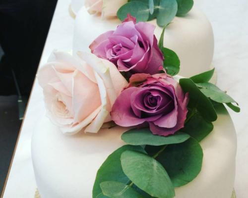 Bröllop med rosor
